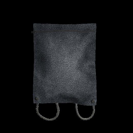 plecak koperta z czarnego filcu