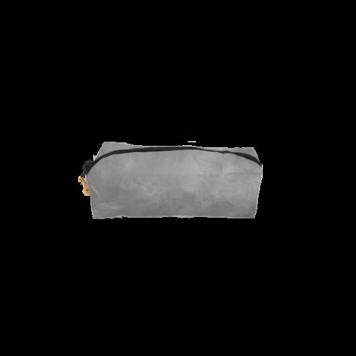 szary piórnik z washable paper na zamek